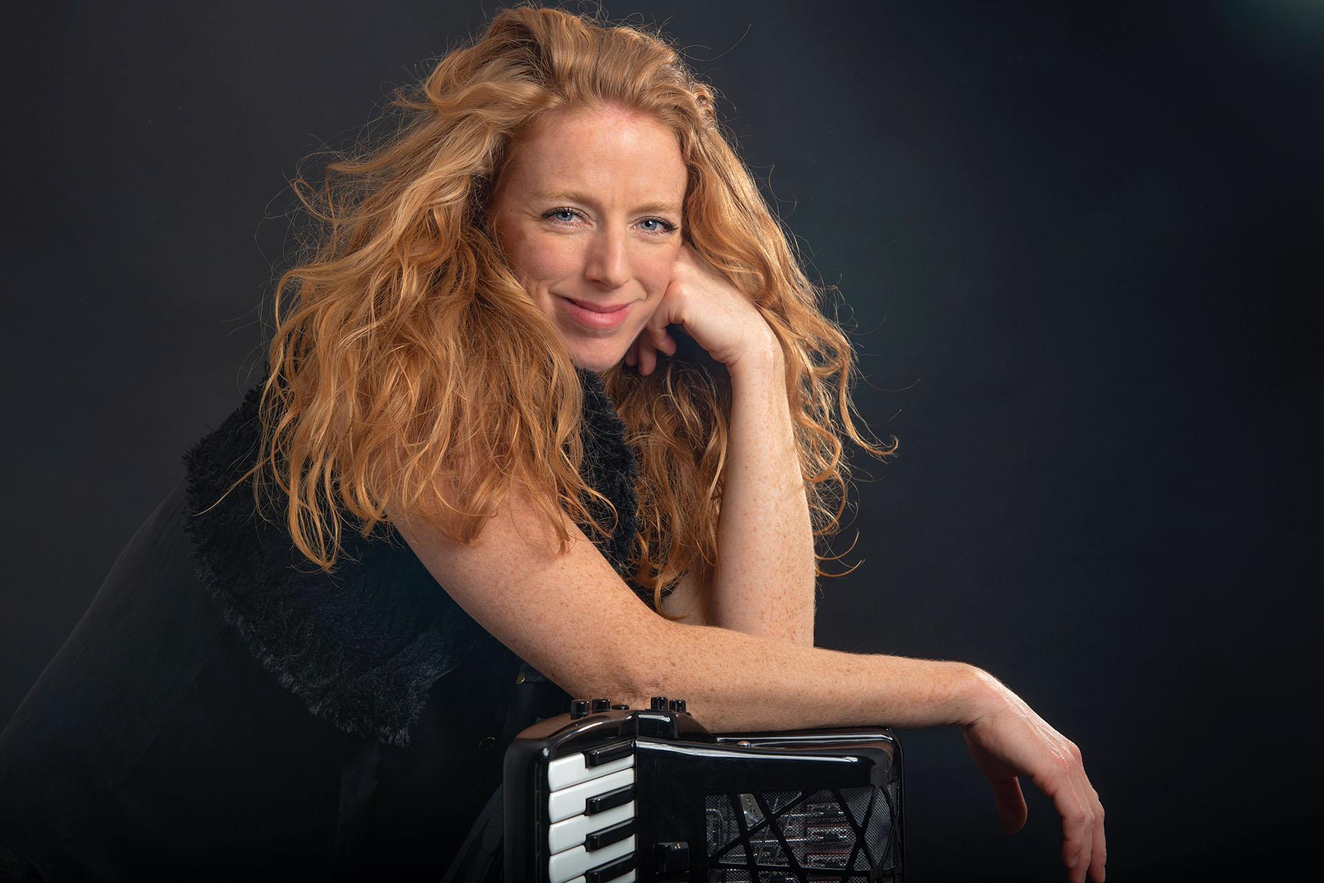 Marieke-Hopman-accordeoniste